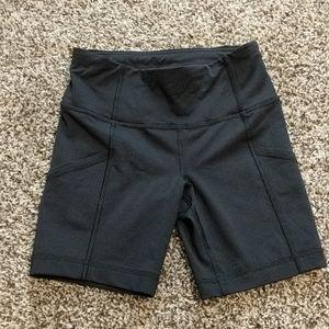 Lululemon Bike Running Shorts with side pockets!